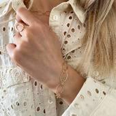 [ SAME SAME ] Bracelet et collier GEORGIA ✨ On aime les parures quand elles sont évidentes comme celle-ci. Ce serait presque péché de les séparer! [Je porte également ici la bague SIXTINE]   #collection #latelierdubijoutier #latelier_du_bijoutier #bijoux #jewels #mode #fashion #fashiongram #style #love #beautiful #instagood #instaphoto #instapic #instafashion #suiveznous #followus
