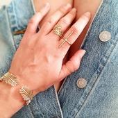 ᑭᒪEIᑎ ᑭᕼᗩᖇE // sur les nouveautés de l'été ☀️ Le bracelet et la bague [ajustables] ᗩᑎᑎᗩ disponibles dès maintenant sur le shop! Vous allez les adorer! . . . . . . #latelier_du_bijoutier #latelierdubijoutier #bijoux #pourlavie #nouveauté #new #style #fashion