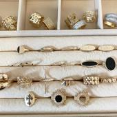 •GOLD FRIYYYAAAYYY• -20% sur absolument tout et c'est jusqu'à dimanche minuit! Pensez à vos cadeaux de Noël et pensez aussi à vous faire plaisir, c'est le moment 🤗 #gold #friday #instagood #instajewelry #latelierdubijoutier