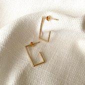 [ LEXIE ] c'est nouveau! C'est tout chaud! C'est «just arrived»! La petite collection Automne 🍁🍂 que je vous ai concoctée est une collection de pépites 🤩 Je vais vous les dévoiler «piano piano» pour faire durer le plaisir 😉 Bonne journée à toutes ☀️  #collection #latelierdubijoutier #latelier_du_bijoutier #bijoux #jewels #mode #fashion #fashiongram #style #love #beautiful #instagood #instaphoto #instapic #instafashion #suiveznous #followus  L'Atelier du Bijoutier c'est aussi: Fabrication, création, transformation, réparation de bijoux et de montres; vente de bijoux en or 18 carats, plaqué or, argent 925ème et acier. Perçage d'oreilles (tous âges).