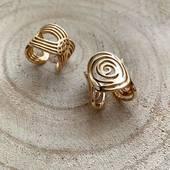 \\LAURA & MAEVA// Elles sont belles, elles sont en plaqué or 3 microns, elles résistent à la vie et en plus, elles sont ajustables à votre guise 😊 Disponibles sur l'EShop. . . . . .  #latelierdubijoutier #latelier_du_bijoutier #jewels #bijoux #plaqueor #goldplated #silver #argent #fashion #mode #style #bijouxpourlavie #instagram #photography #followus #france #love #instapic #instadaily #like #follow #igers #ig #instaphoto #suiveznous #bijouxquiresistentalavie